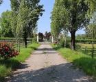 Una delle due entrate dell'Azienda Agricola Razza Ticino